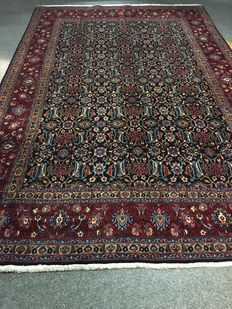Beautiful original Persian BIRDJAND in exclusive herbal colour schemes!! Finely knotted! Approx. 200 x 310 - in new condition - PERSIA
