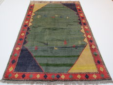 Wonderful Persian carpet, Gabbeh / Iran, 265 x 180cm, end of the 20th century. Nomad work, excellent condition