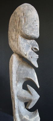 Yipwonskulptur (single leg sculpture) with powerful head - Korewori - Papua New Guinea