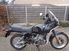 BMW - R 80 GS with a displacement of 1000 cc - 1991
