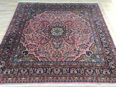 Persian SAROUGH - with certificate of authenticity - approx. 249 x 260cm - VERY GOOD CONDITION!