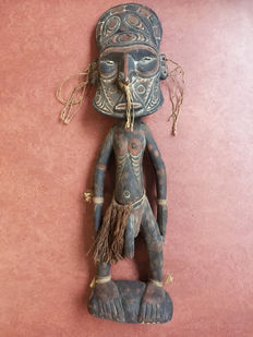 Ancestor spirit figure - Lower Sepik - Papua New-Guinea