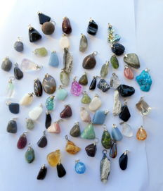 Large collection of Mineral and Precious Stone pendants - 12 to 40mm  (68)