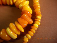 Antique Baltic amber necklace Butterscoutch