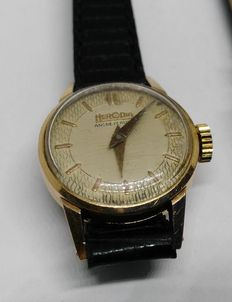 Herodia – Small yellow gold wristwatch for ladies – 1950