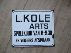 Enamel sign Doctor L. Kole - approx. 40/50