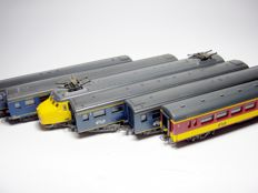 Lima H0 - 15341503/309166/15341503/309280/xxxx - Six pieces various NS passenger carriages