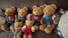 Merison retail family bears
