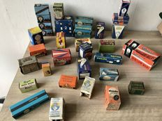 Collection of 30 pieces old car and motorcycle lights in original boxes - 1950s - Philips, Lucas, Splendor, Duplolux, Lumax, Miradior, Trifa, etc