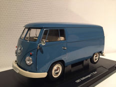 Welly - Scale 1/18 - Volkswagen T1 Panel Van - Blue