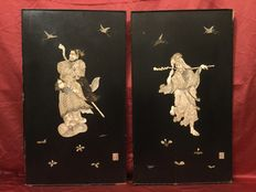 Pair of bass relief icory and mother of pearl - Japan - ca. 1880 (Meiji period)
