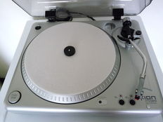 ION TTUSB turntable. Digital vinyl turntable on USB port