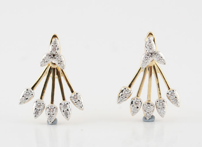 14kt diamond earrings total 0.33ct  / G-H  VS2-SI1 / 3.20gr / measurements: 18 x 13.00 x 12.00 mm