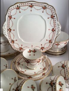 Royal Albert Crown - fine bone china tea set