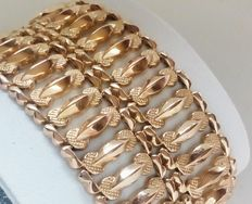 Bracelet in 18 kt (750/1000) yellow gold. Weight: 56 g.