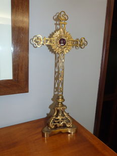 An openwork bronze reliquary cross - real cross of our Lord - 19th century