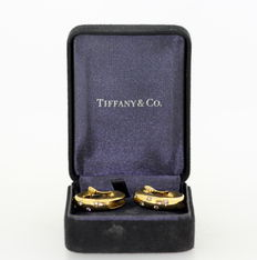 Tiffany & Co - 18K Gold Ladies Clip On Earrings With Diamonds (0.70 CT Total)