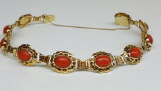 14 kt yellow gold handmade bracelet set with Mediterranean precious coral.