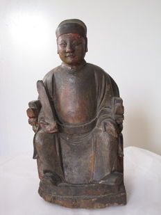 Wooden sculpture with depiction of dignitary – China – 19th century