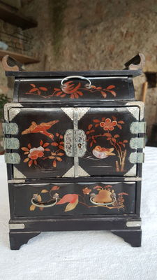 Cabinet/jewellery chest - Japan - 19th century