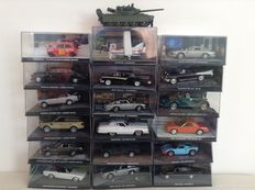 James Bond car collection - 19 modelcars scale 1/43 with 18 matching magazines