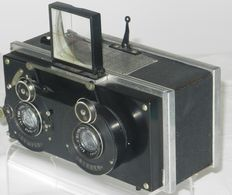 Louis Leullier Le Summum stereo camera 6X13cm approx. 1925 with lenses Saphir Boyer Paris and interchangeable magazine