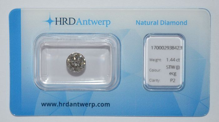 1.44 ct brilliant-cut diamond, STW (J) ecg, P2