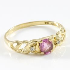 Estate 14kt Yellow Gold Ring  Set with Diamonds and Pink Sapphire
