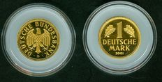 Germany – 1 DM 2001 D – gold