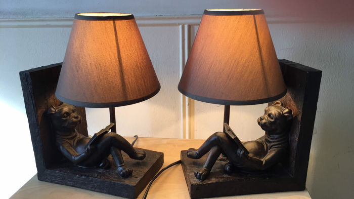 Book stands bronze reading dog with lamp shade catawiki book stands bronze reading dog with lamp shade aloadofball Gallery
