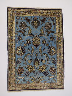 Wonderfully beautiful Persian carpet Qom Iran 120 x 81cm, end of the 20th  century. Great condition – fine with silk content