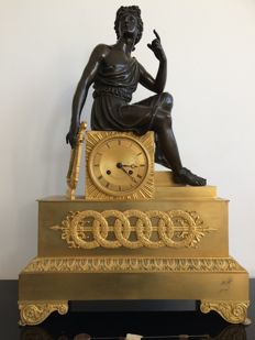 A very large French Empire gilt and patinated bronze mantel clock with APOLLO, France ca. 1820