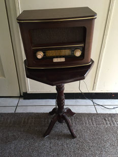 side table with radio cd player