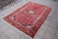 Prestigious & Beautiful Persian Iran  Anjelas hand knotted 160 x 227 cm with certificate of authenticity