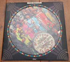 The Beatles- Sgt. Pepper's Lonely Hearts Club Band Picture Disc lp/ US 1978, Limited Edition Pressing w. Die-Cut Sleeve/ VG+