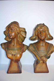 2 lovely girls busts, plaster, 1 x signed.  F. Citti.