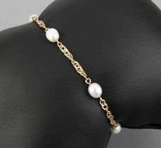 Yellow gold bracelet with Akoya pearls - No reserve