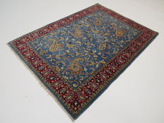 Wonderfully beautiful Persian carpet Qom Iran 154 x 109cm, end of the 20th  century. In top condition, fine