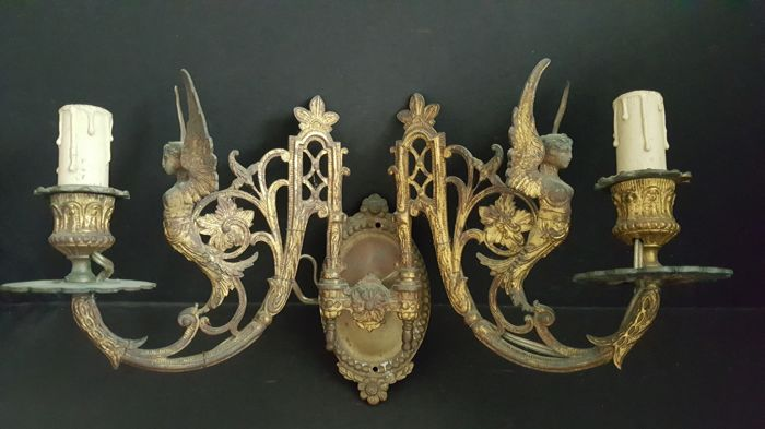 Pair of Bronze Wall Art New Style 20thC