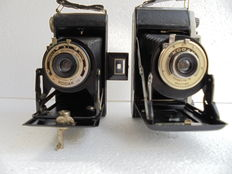 A lot of 2 Kodak bellows cameras, a Kodak Junior 1 and a Kodak Brownie six-20