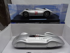 Revell - Scale 1/18 - Lot with 2 x Auto Union Typ C models