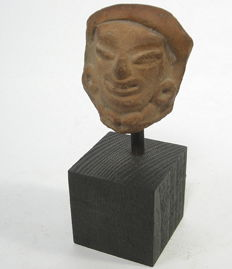 Fragment of a head - ceramic - 5.3cm