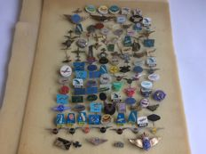 More than 100 aviation badges