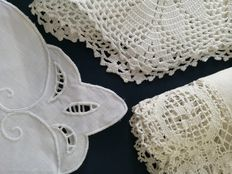 3 vintage doilies - crochet - embroidery insert - Italy 1940s-1950s