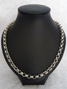 Wide silver jasseron necklace of 43 cm