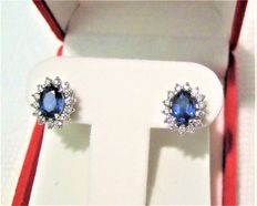 Diamond 0.60-ct Sapphire 2.50-ct earring , ** Low Reserve ** Total weight:2.80-gram