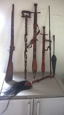 Lot of African weapons
