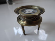 Antique brass loupe on 3 feet with screw thread, adjustable - around 1890