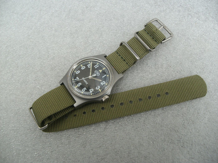 CWC miltary swiss gents wrist watch. date made 1990s.