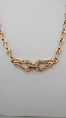 Necklace in 18 kt gold with diamonds. 41.5 cm